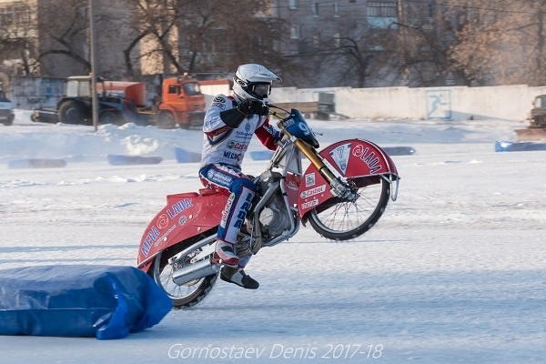 "Racers ice ""Mega-Lada"" will perform in the semifinals of the personal championship of the country"
